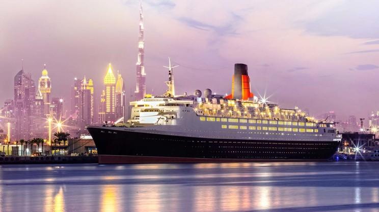 1/11  Queen Elizabeth 2 - Dubai