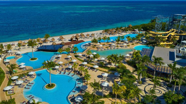 Dreams Natura Resort & Spa