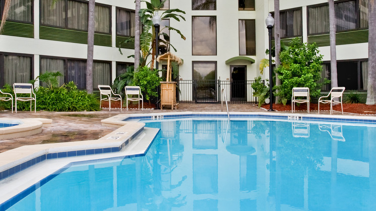 1/10  Holiday Inn St Petersburg North – Clearwater - Florida