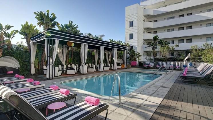 1/11  Hotel Shangri-La at the Ocean - Los Angeles