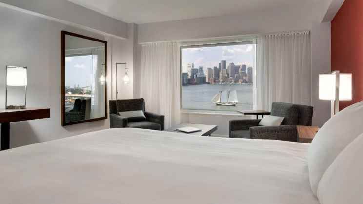 1 King Bed with Harbour View