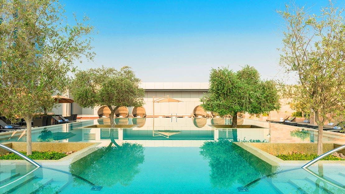 1/16  Aloft Abu Dhabi