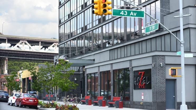 1/5  Z NYC Hotel - New York