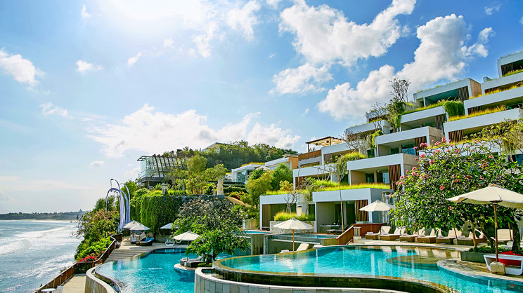 1/12  Anantara Uluwatu Bali Resort and Spa - Bali