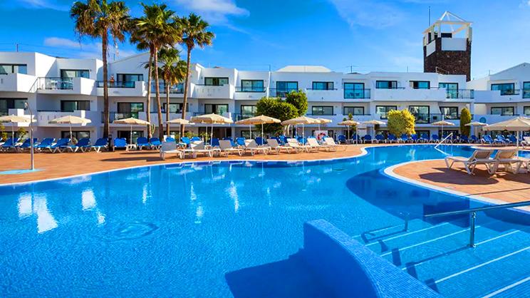 1/9  Be Live Experience Lanzarote Beach - Lanzarote