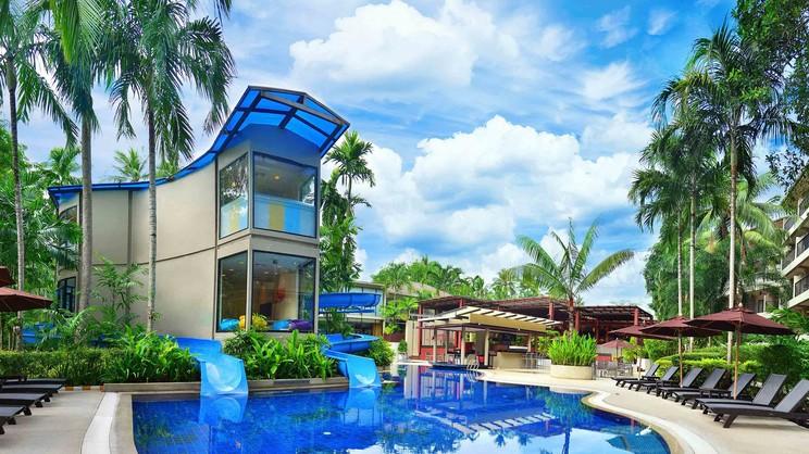1/11  Novotel Phuket Surin Beach Resort - Phuket