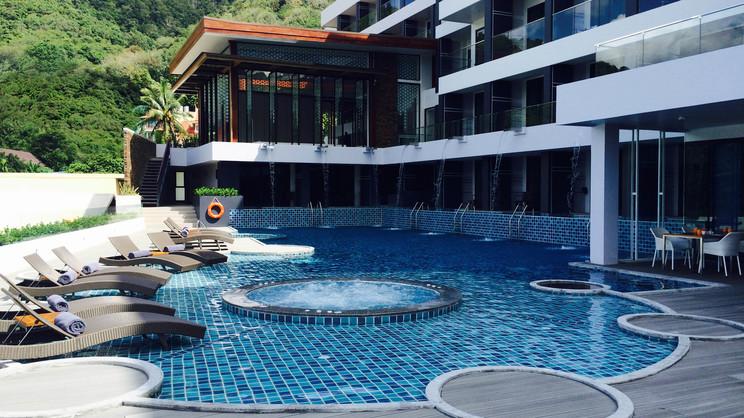 1/9  The Yama Hotel Phuket - Thailand
