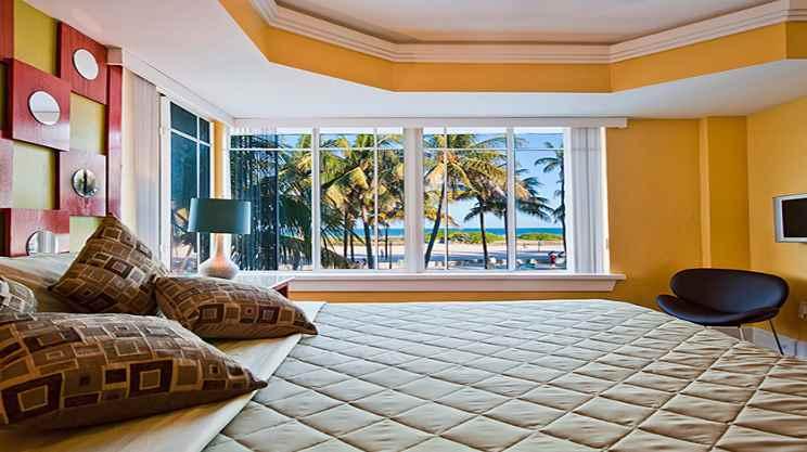 1/5   Colony Hotel - Miami