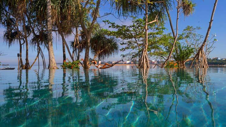 1/14  Anantara Kalutara Resort - Sri Lanka