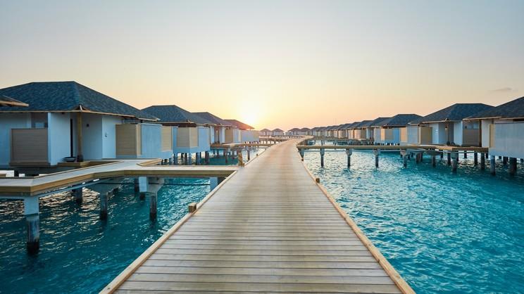 1/17  Amari Havodda Resort - Maldives