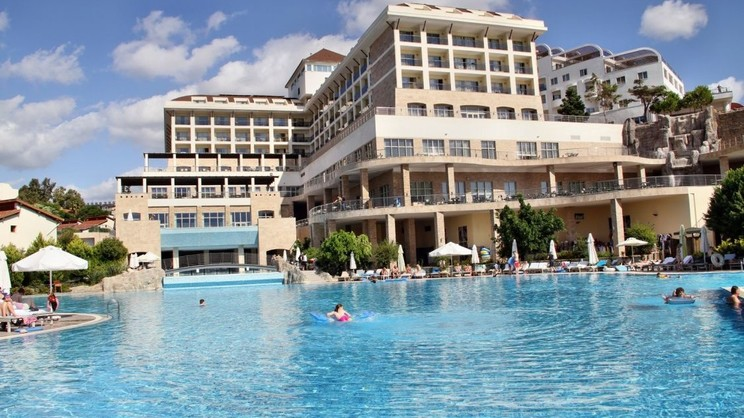 1/4  Horus Paradise Luxury Resort - Turkey