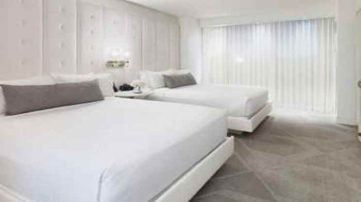 Delano Queen Suite