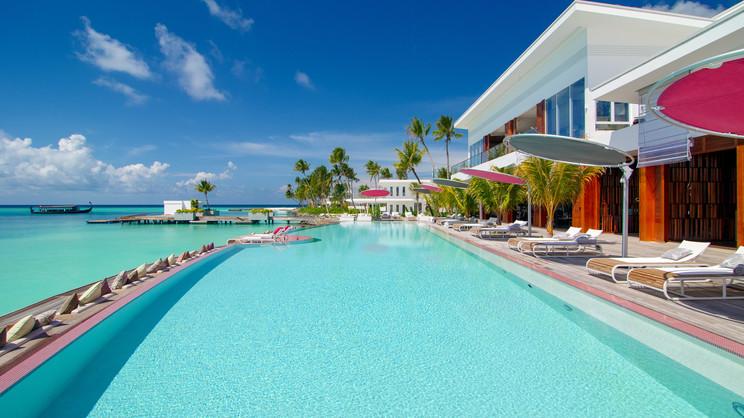 1/27  LUX North Male Atoll Resort & Villas - Maldives