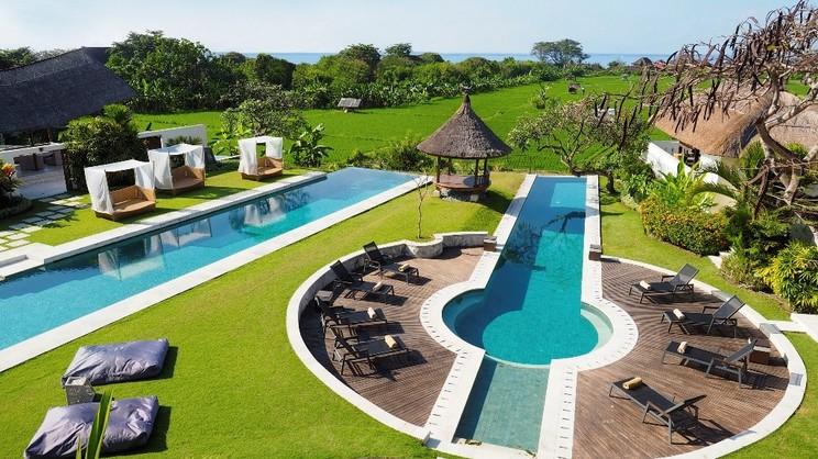 1/11  The Samata - Bali