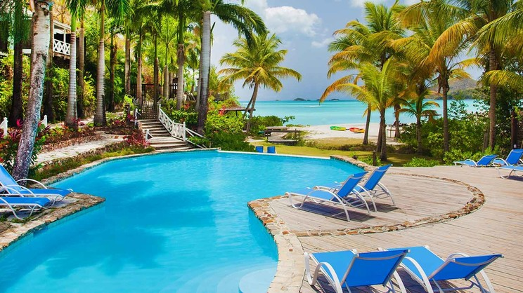 1/8  Cocos Antigua - Antigua