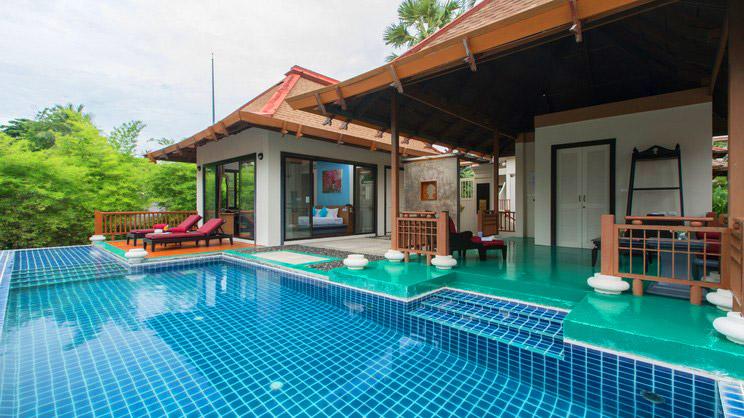 1/10  The Briza Beach Resort & Spa Samui - Koh Samui