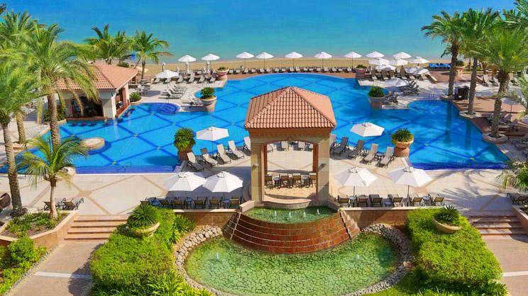 1/8  Al Raha Beach Hotel - Abu Dhabi