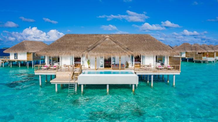 1/12  Sun Aqua Iru Veli - Maldives