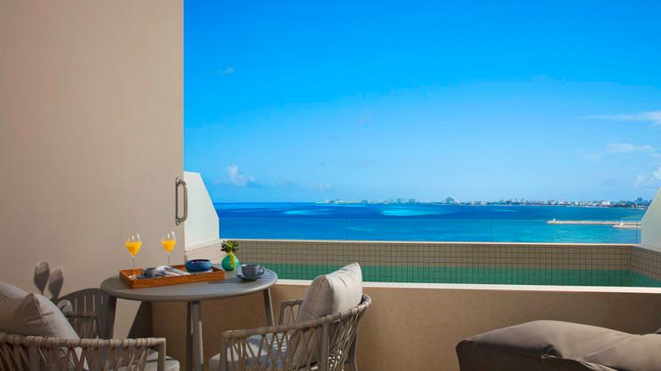 Preferred Club Deluxe Ocean View Plunge Pool
