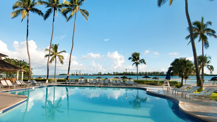 1/5  British Colonial Hilton Nassau - Bahamas