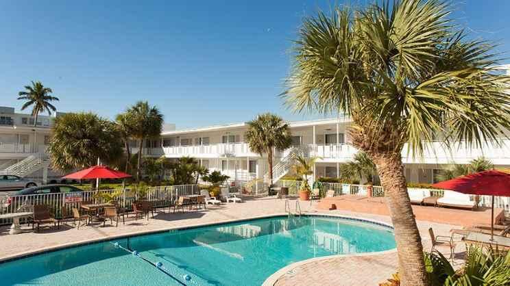 1/3  Collins Hotel - Miami