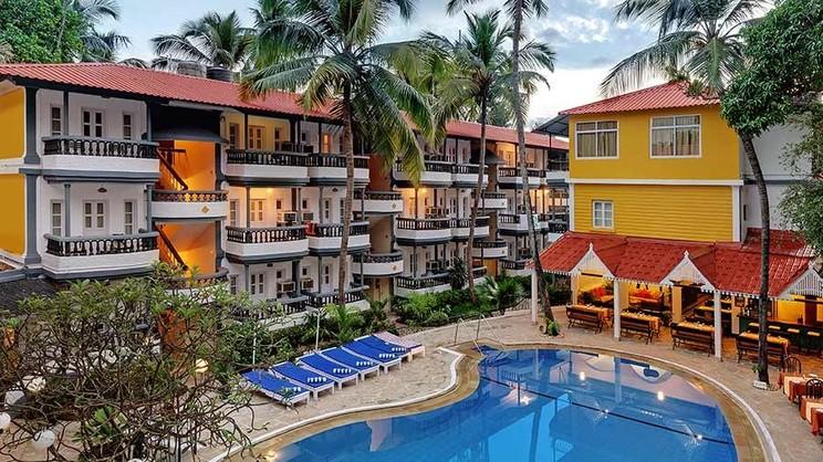 1/5  Santiago Beach Resort - Goa