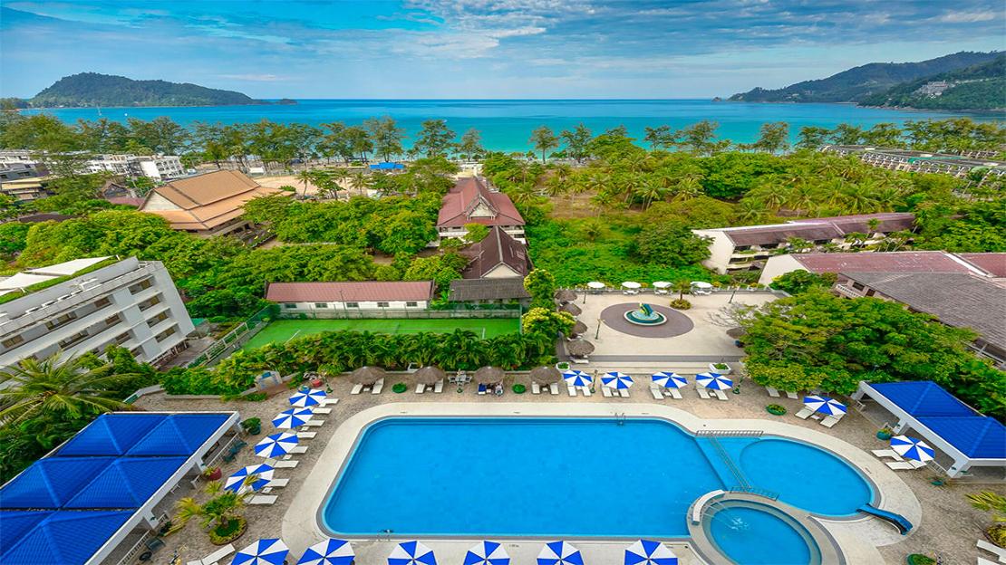 1/10  Andaman Beach Suites Hotel - Thailand