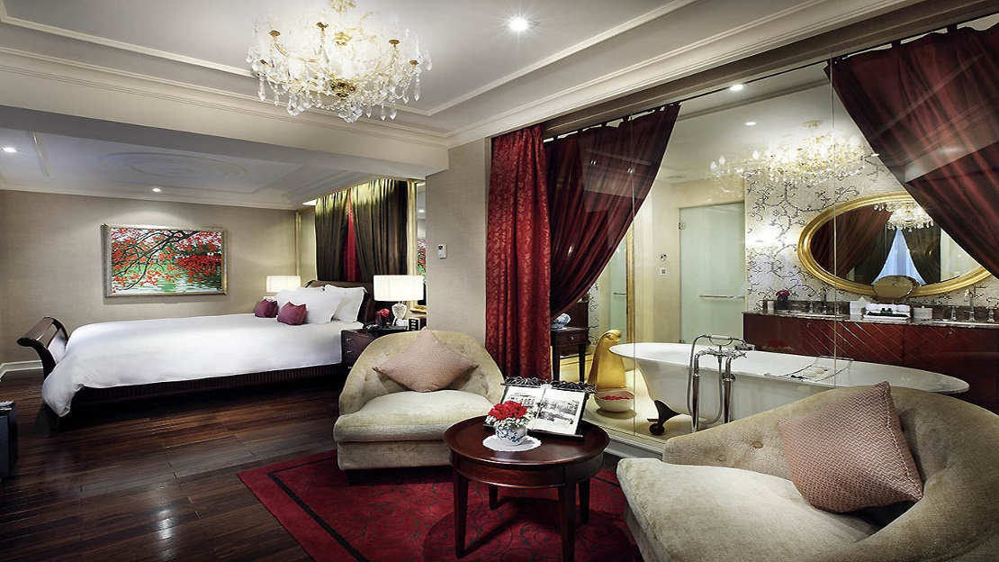 Opera Wing Grand Prestige Suite