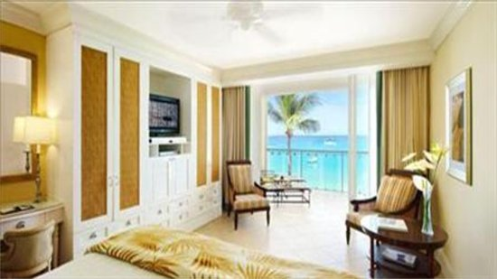 Oceanfront Deluxe Rooms