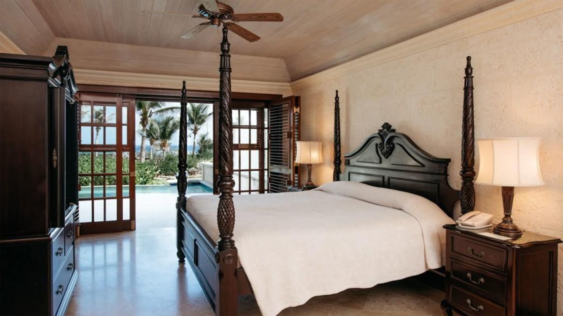One Bedroom Suite Ocean View