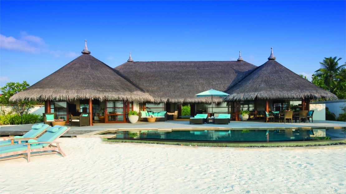 Two-Bedroom Royal Beach Villa at Four Seasons Maldives Kuda Huraa