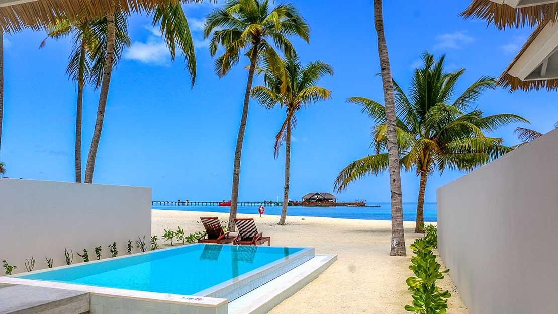 Beach at Olhuveli Beach and Spa Resort