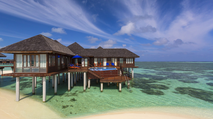 1/18  Olhuveli Beach & Spa Resort - Maldives