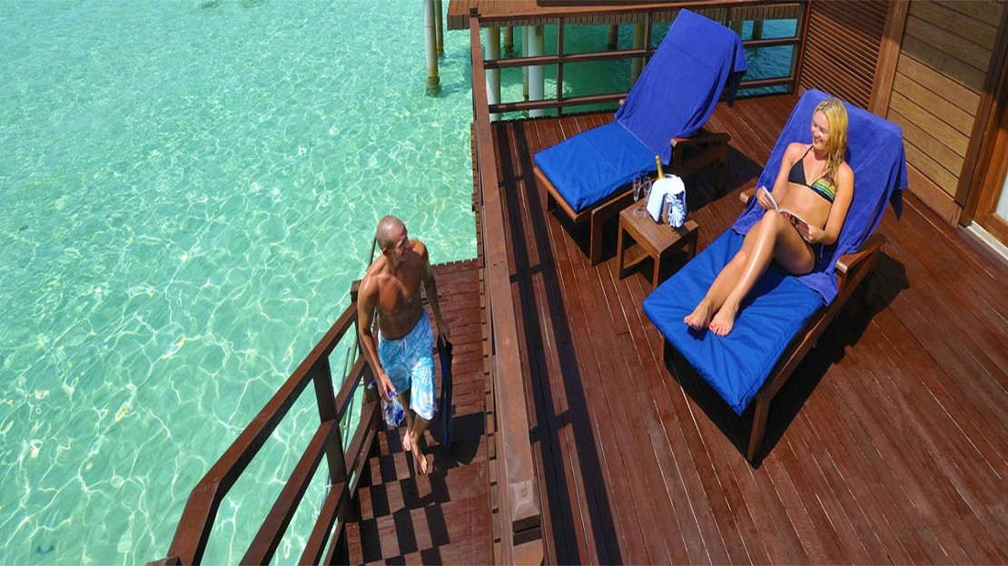 Jacuzzi Water Villas / Sunset Jacuzzi Villas