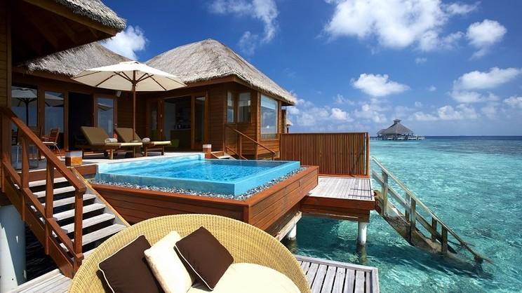 1/18  Huvafen Fushi Resort - Maldives