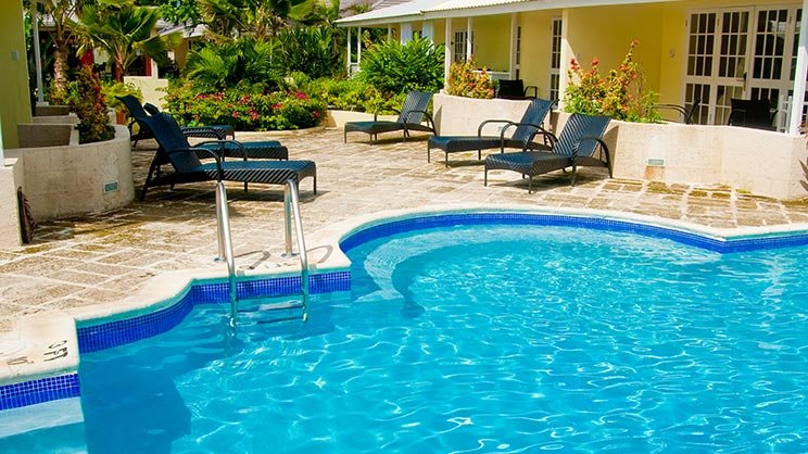 1/5  Island Inn Hotel - Barbados