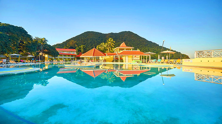 1/4  Starfish St Lucia - St Lucia