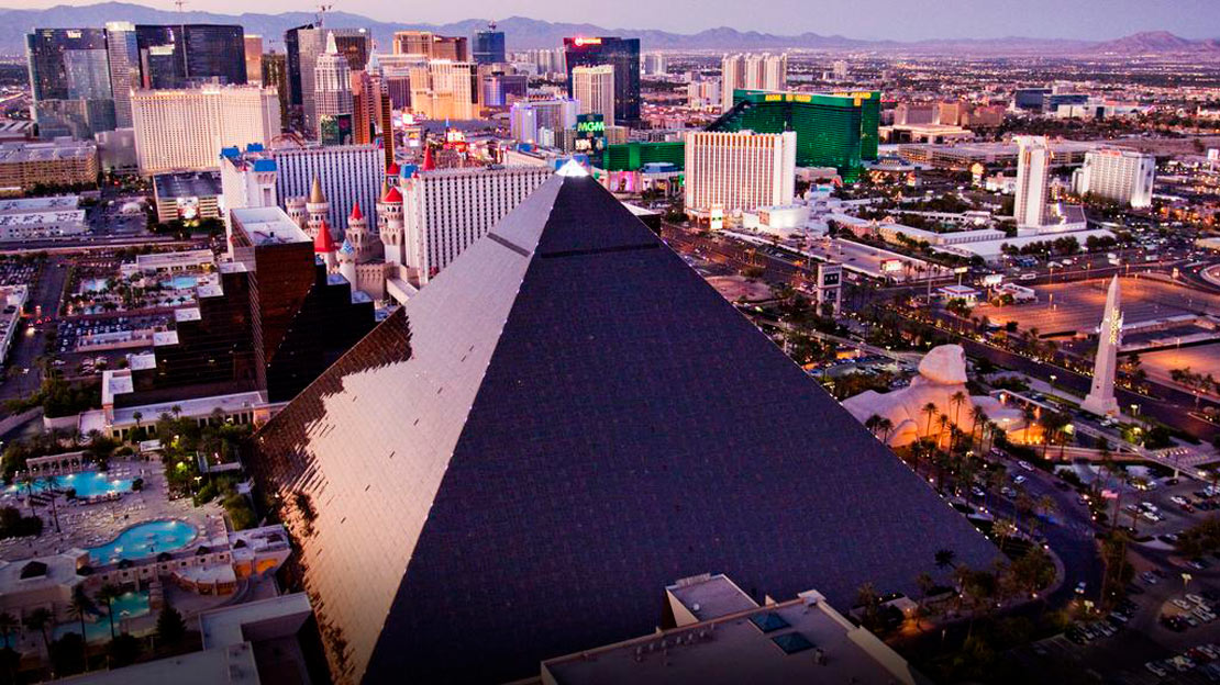 1/12  Luxor Hotel and Casino - Las Vegas