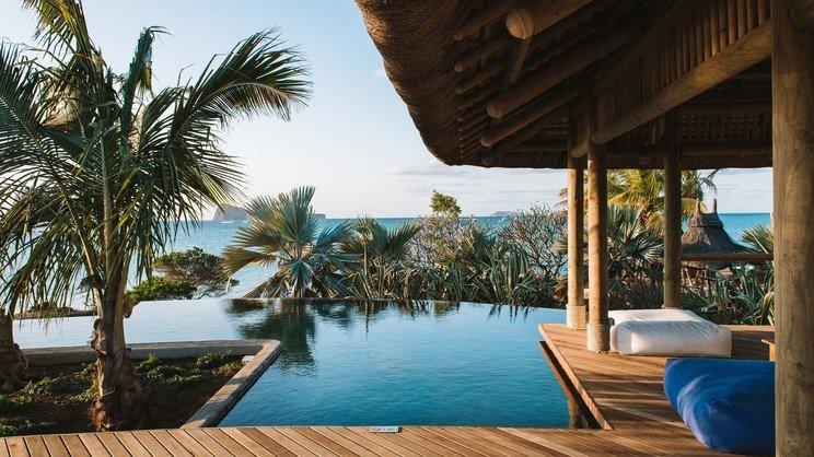 1/11  Paradise Cove Boutique Hotel - Mauritius