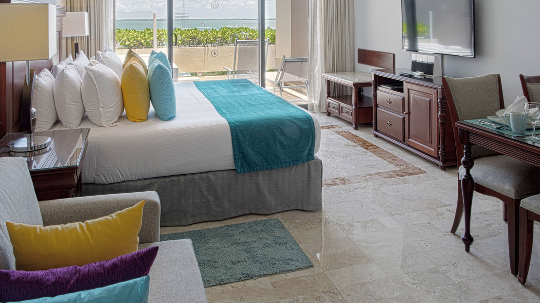 Paradisus Junior Suite Lagoon View