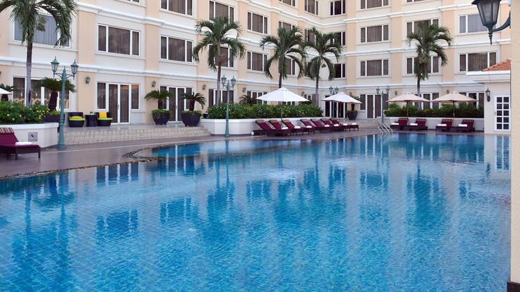 1/6  Hotel Equatorial Ho Chi Minh City - Vietnam