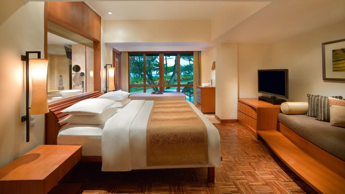 1/18  Grand Hyatt - Bali