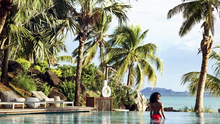1/10  LUX Grand Gaube Resort & Villas - Mauritius