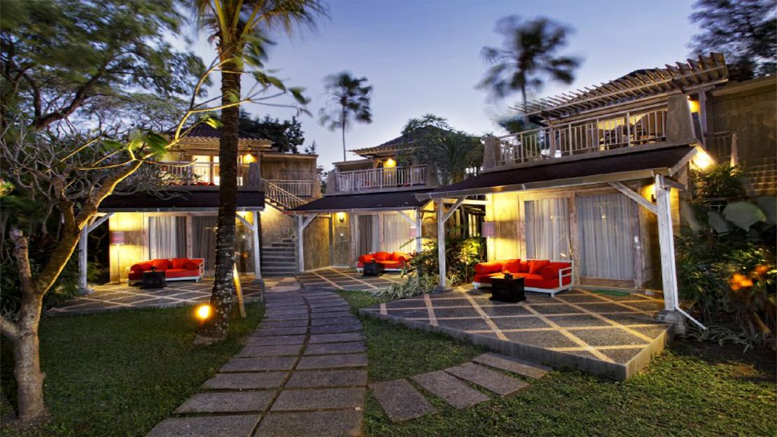 1/15  Segara Village Hotel