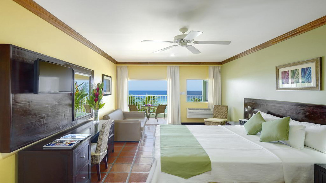 Superior Ocean Front Room