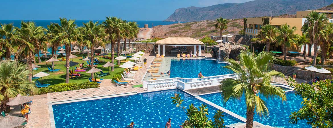 1/7  Radisson Blu Beach Resort - Crete