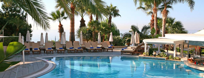 1/9  Mediterranean Beach Hotel - Limassol
