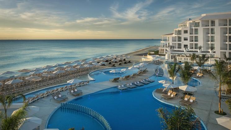 1/14  Playacar Palace - Playa del Carmen