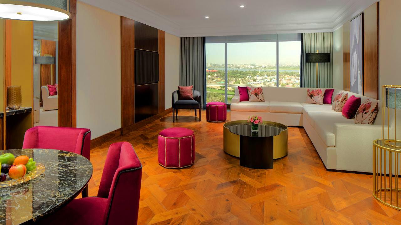 1 Bedroom Grand Suite with Garden View