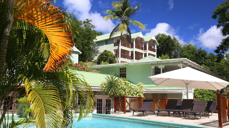 1/7  Marigot Beach Club and Dive Resort - St Lucia